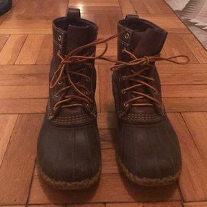 LL BEAN DUCK BEAN BOOTS! Minimal wear!!!